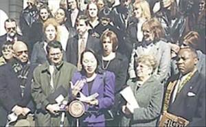 Intro 24 press conference 2000